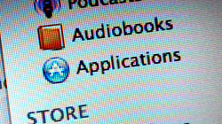 Get rid of false iTunes application update icon that won\'t go away